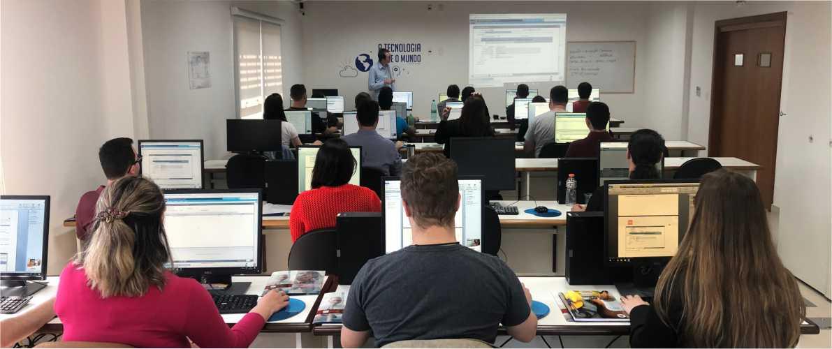 IPM Sistemas realiza curso gratuito de programação PHP em Rio do Sul